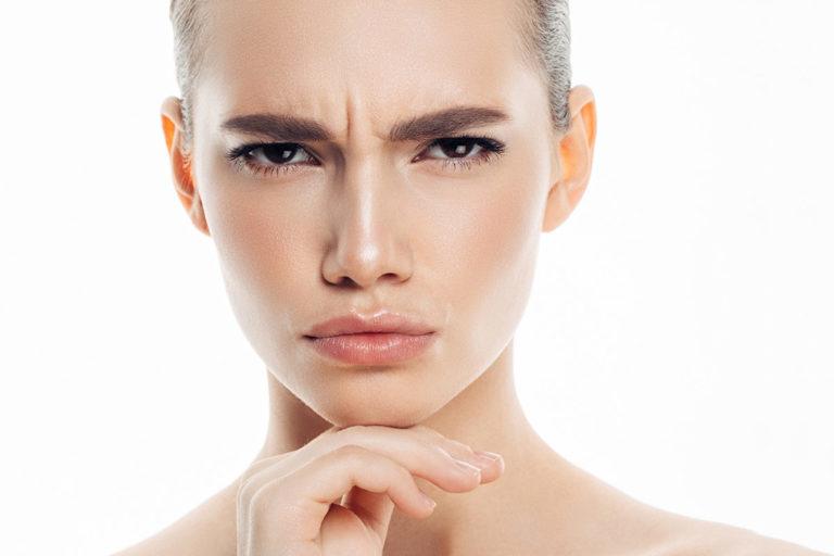 Behandlung der Zornesfalte bei M1 Med Beauty Swiss